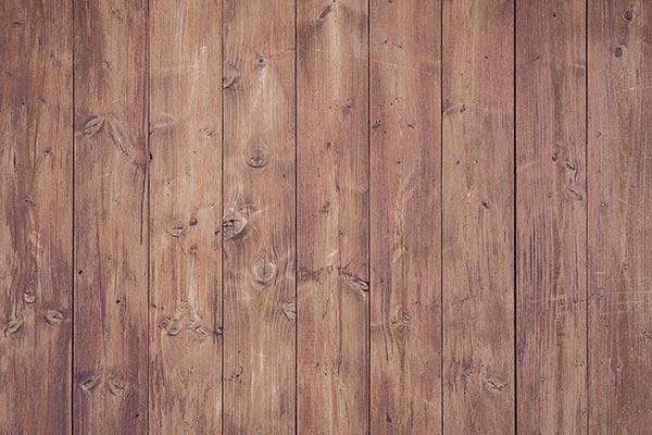 Holz im Garten natürlicher Baustoff