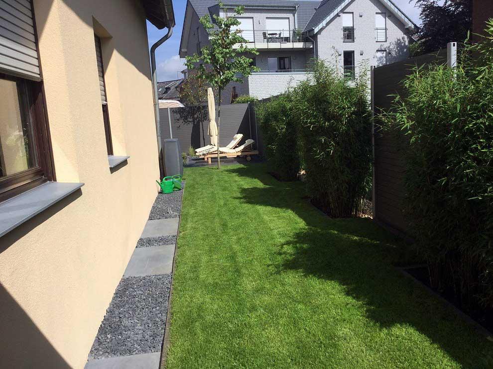 Rollrasen kleiner Garten